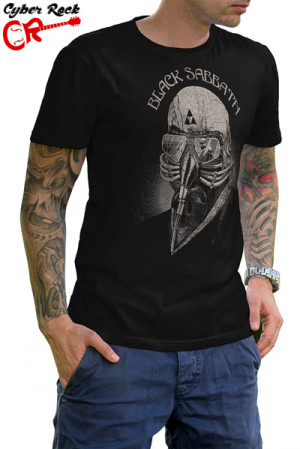 Camiseta Black Sabbath Iron Man
